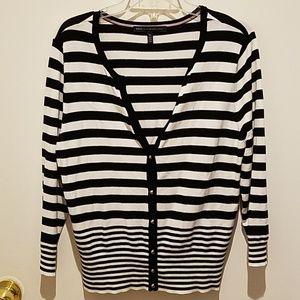White House Black Market cardigan 3/4 sleeves